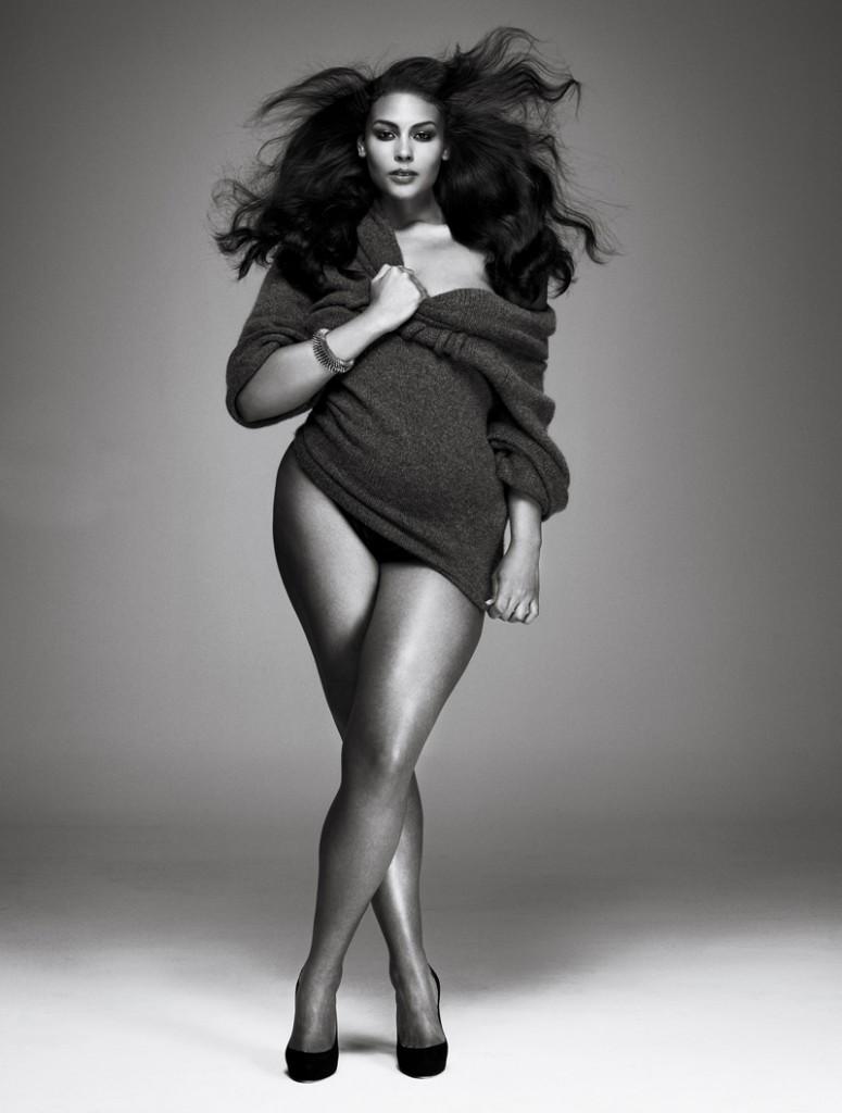 curvy model