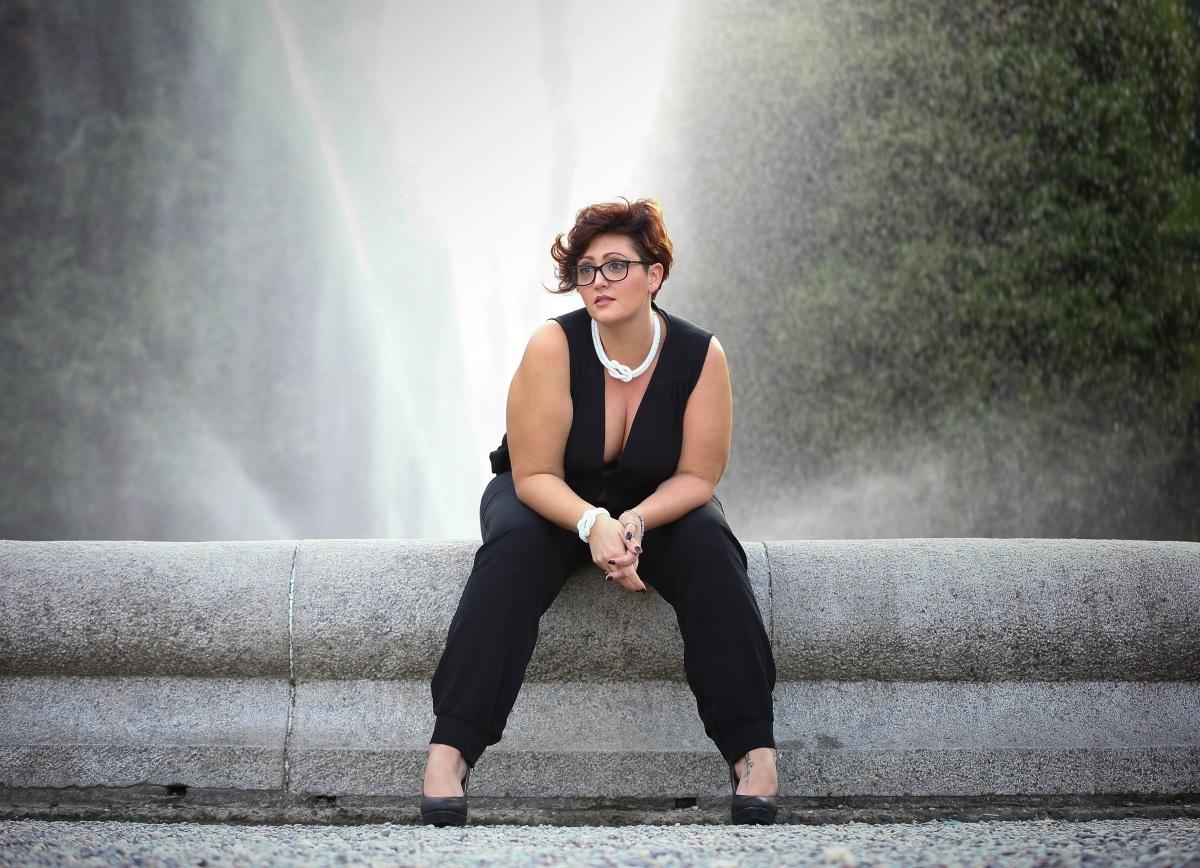 MONICA BURRASCHINI e le sue passioni: il gruppo CURVY RE-LOVE-TION e laFOTOGRAFIA!