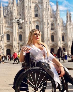 Body Positive Catwalk - Benedetta De Luca - Copia