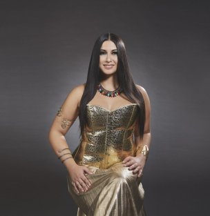 BC Camilla Antonaroli interpreta Cleopatra.jpg